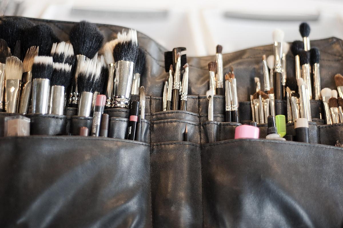 Why You Should Hire A Makeup Artist For Your Wedding