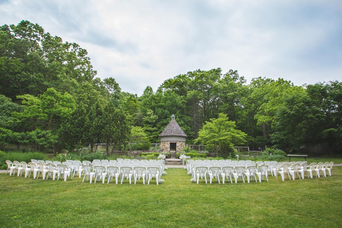 Meet The Venue Fernwood Botanical Gardens Nature Preserve Weddingday Magazine