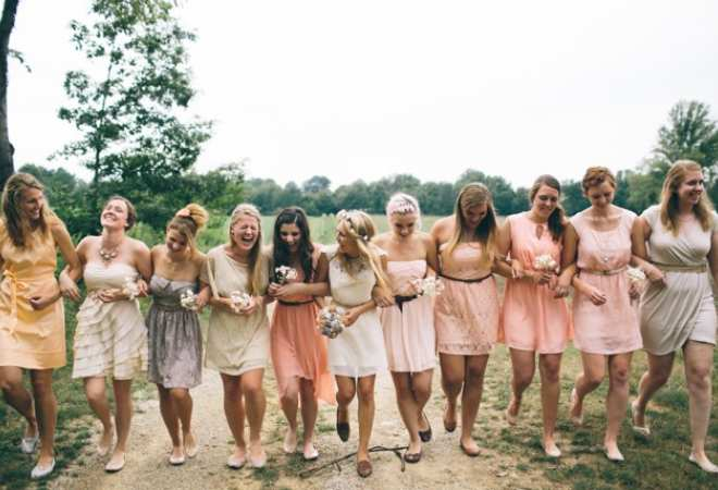 bridesmaids with mismatched dresses