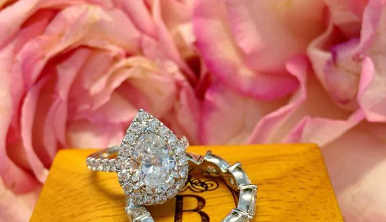 Burdeen\'s Jewelry | WeddingDay Magazine