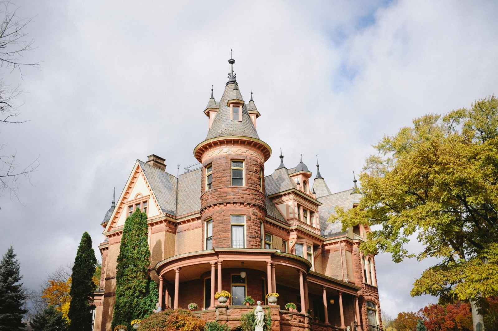 Something Old Something New Why We Love Mansions