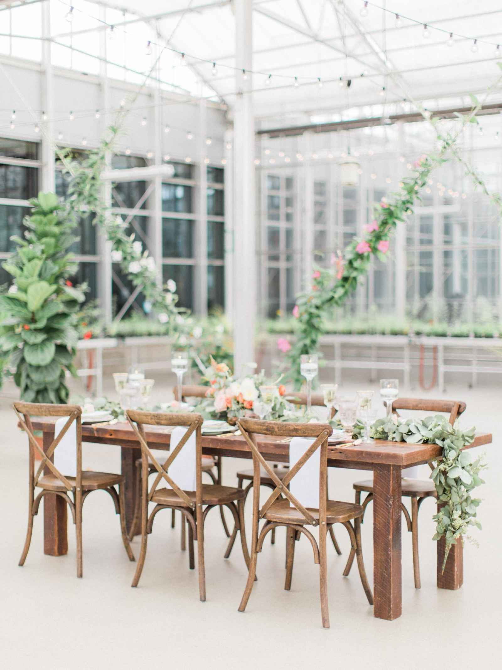 How to Set a Stunning Table with The Rental pany