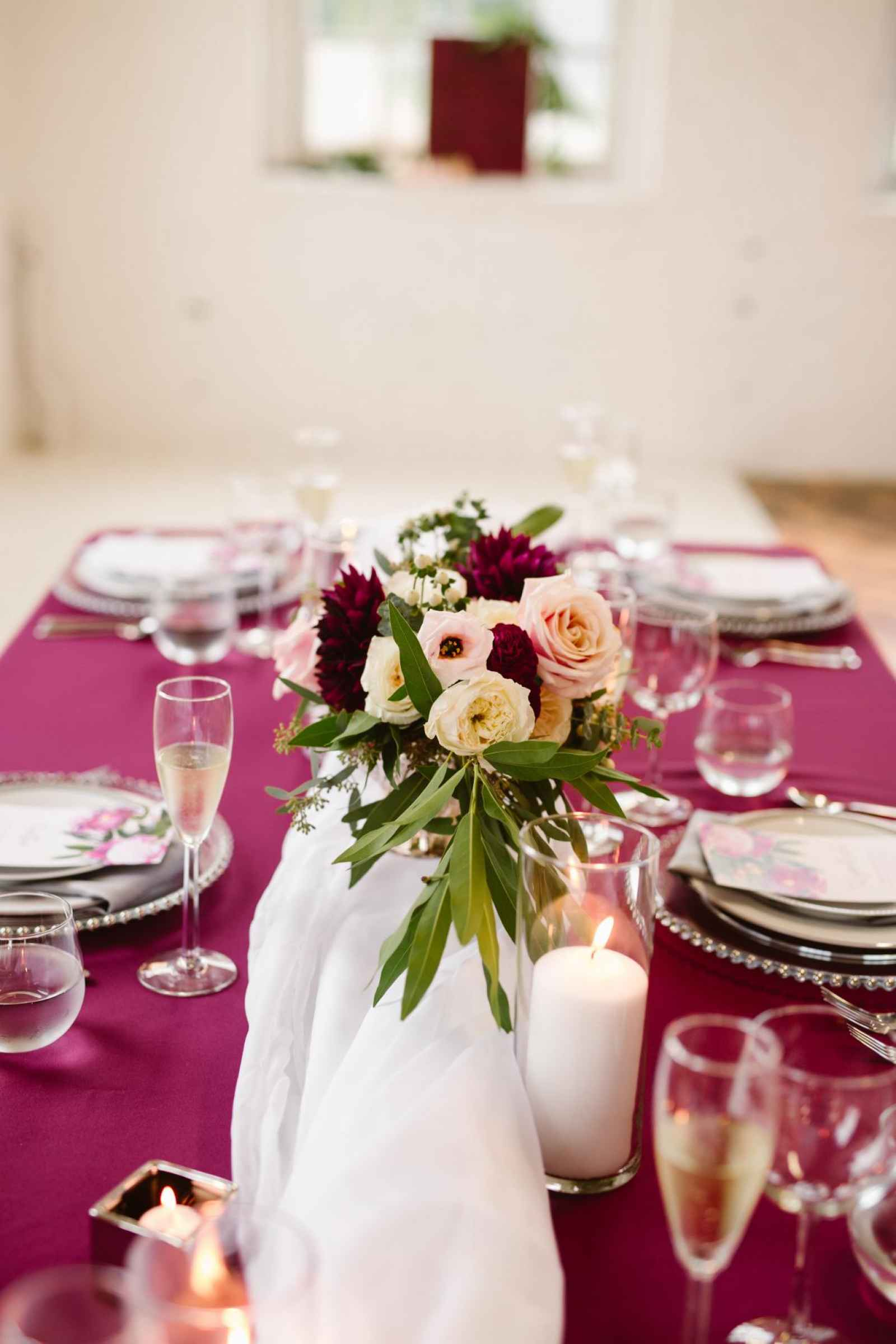 How to Set a Stunning Table with The Rental Company | WeddingDay ...