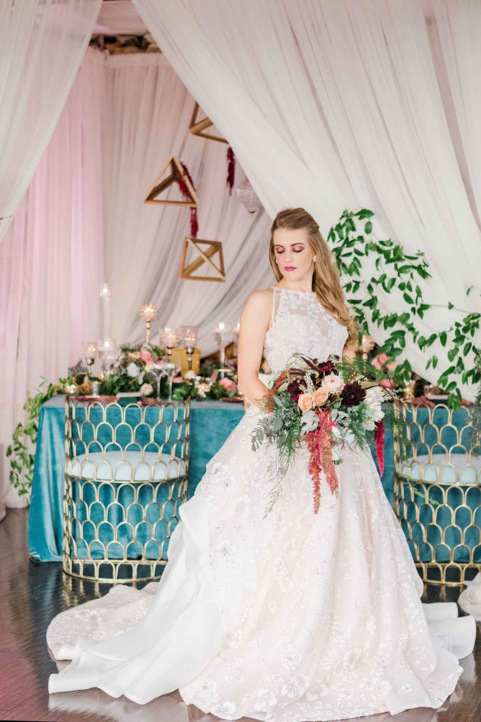 Drama Meets Romance A Modern Classic Wedding At The Empyrean