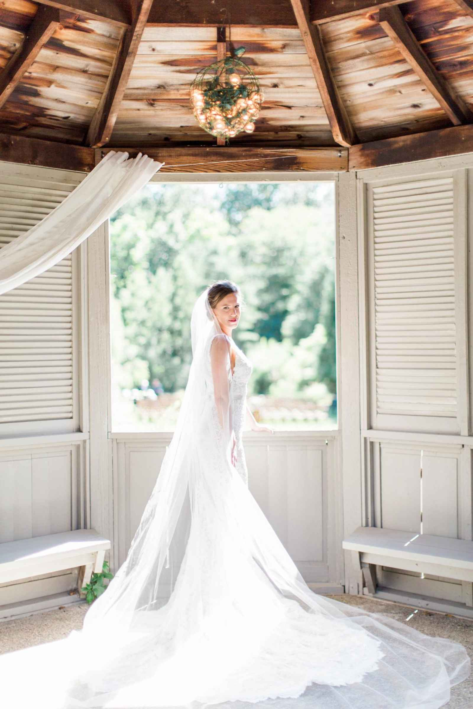 The Wedding Story of Theresa and Mike Arnold | WeddingDay Magazine