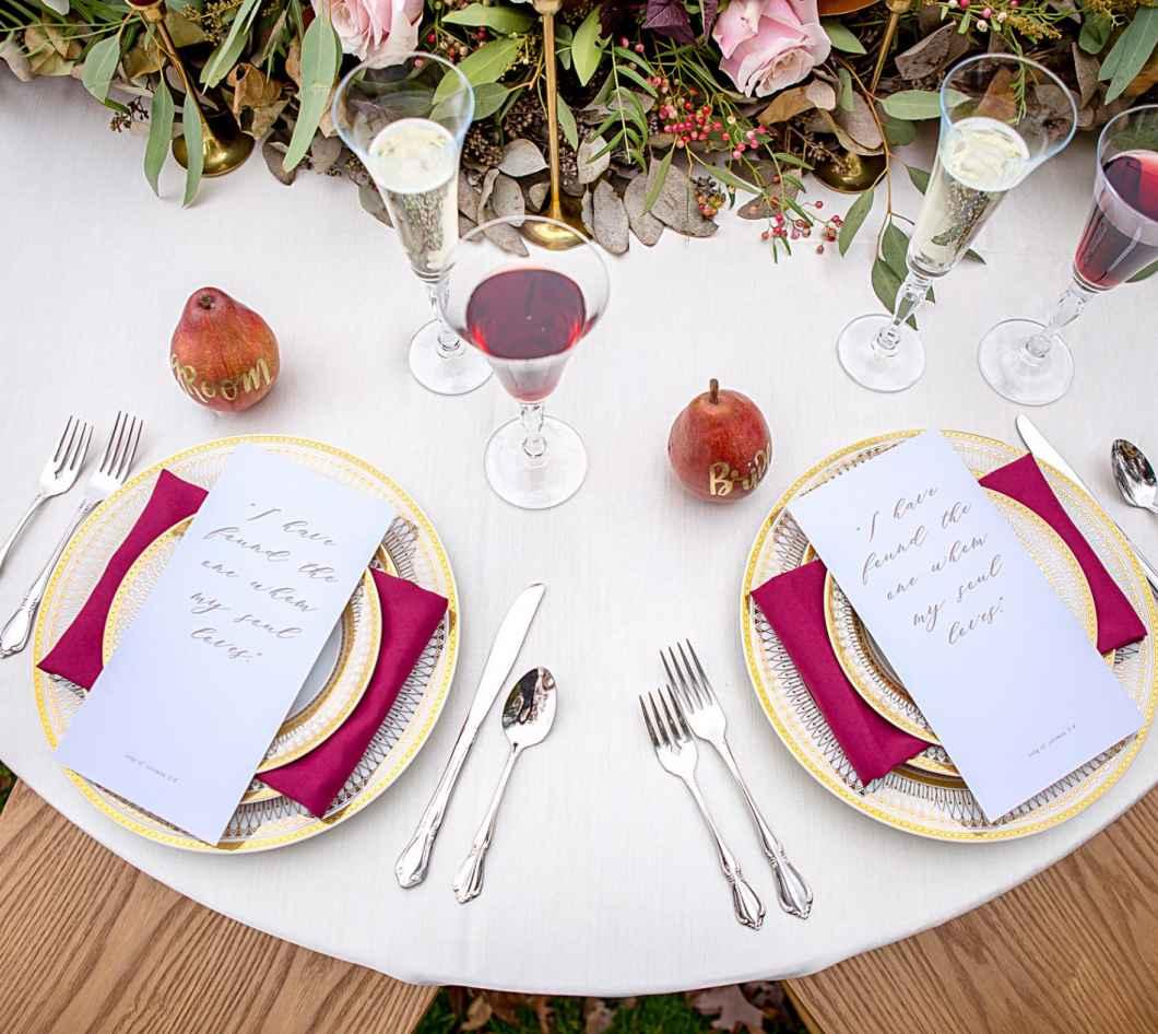 Chic Wedding Meets Dreamy Country | WeddingDay Magazine