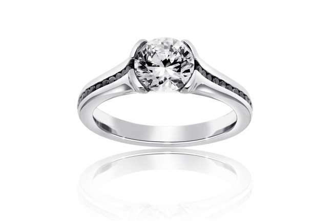 Round-Cut Engagement Ring With Black Diamonds