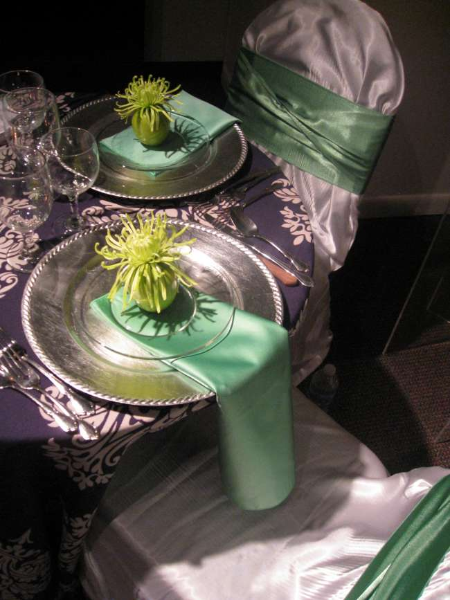 Green & Silver Tablescape