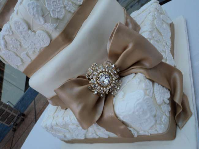 Cake with Lace and Bows