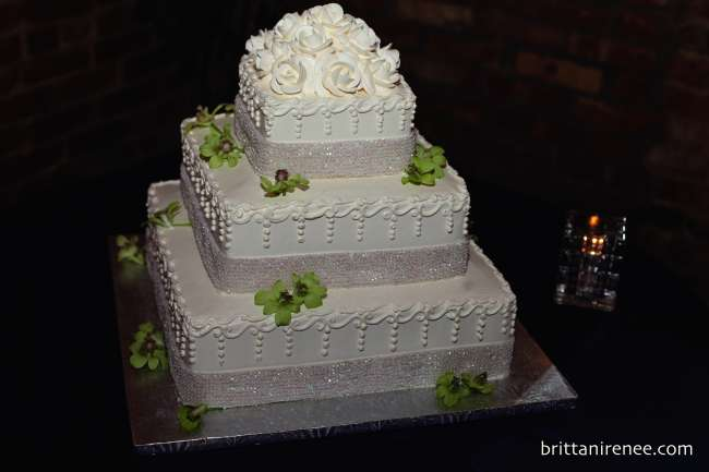 3-tiered white wedding cake