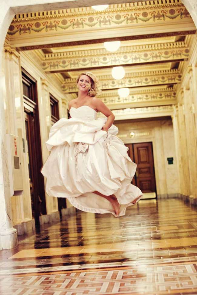 Bride Jumping in Allen County Courthouse
