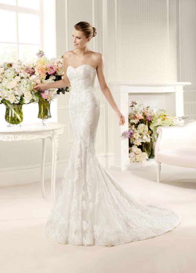 La Sposa lace mermaid gown