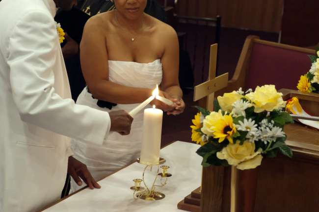 Bride & Groom Light the Unity Candle