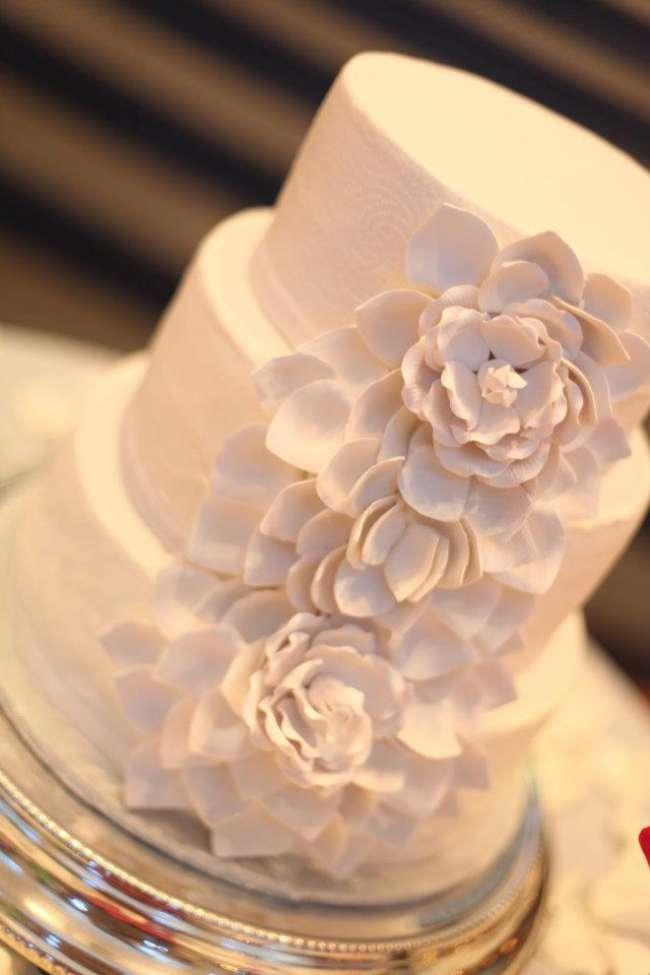 Shabby Chic White Cake