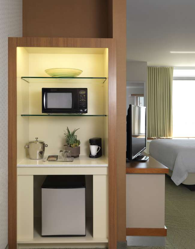 Kitchenette at Springhill Suites by Marriott Bloomington