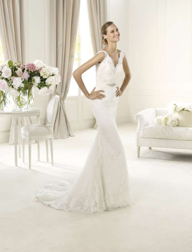 Pronovias lace gown