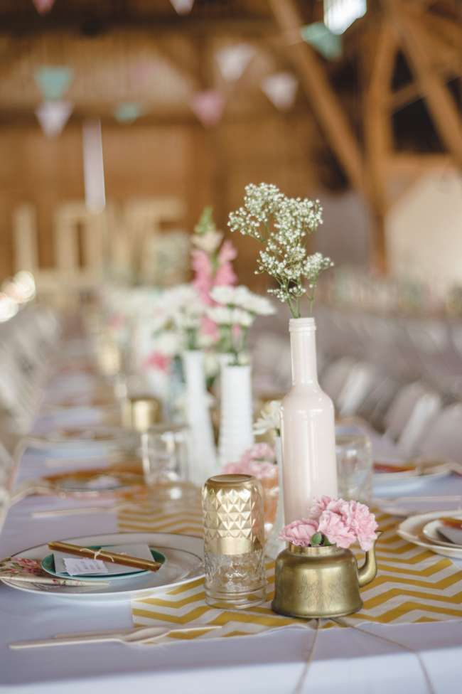 Gold, Blush & White Tablescape