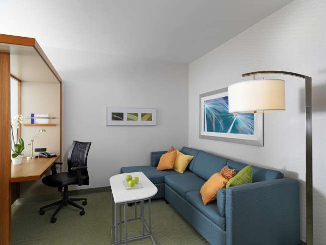 Living Area at Springhill Suites by Marriott Bloomington