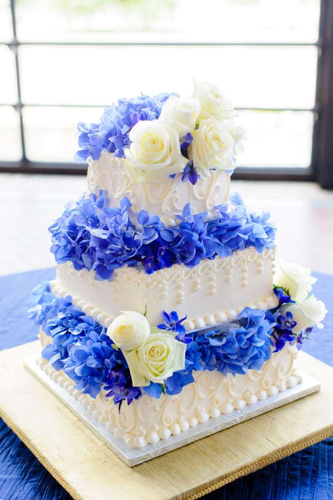 Three-Tiered Square Cake