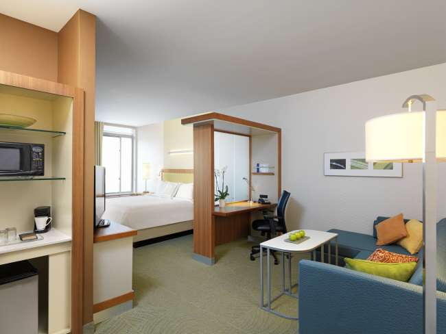 Spacious Suite at Springhill Suites by Marriott Bloomington
