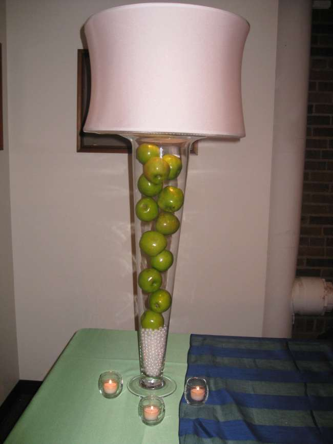 Pearl & Apple Centerpiece With Pink Lampshade