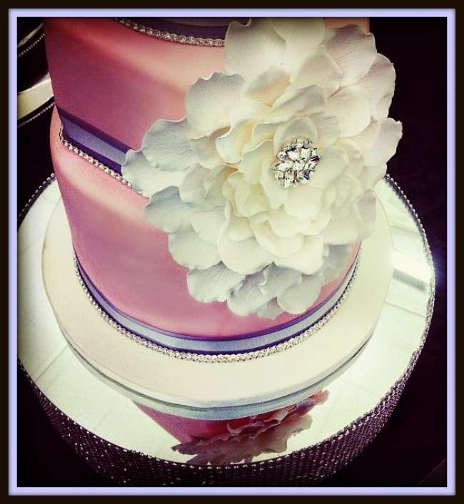 Large decorative flower on cake