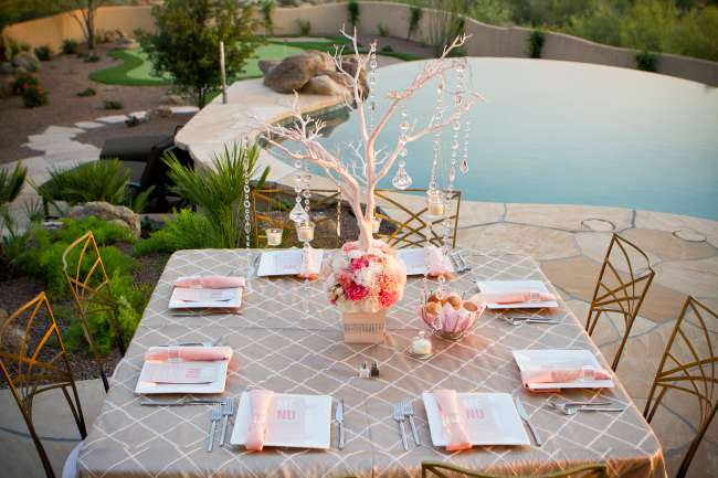 Outside tablescape