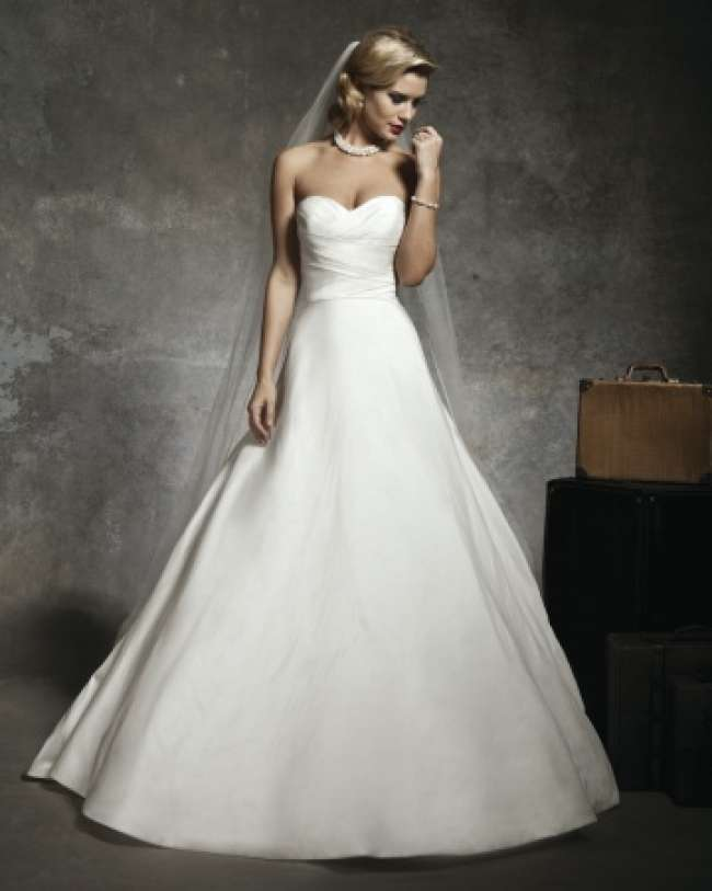 Strapless simple wedding gown