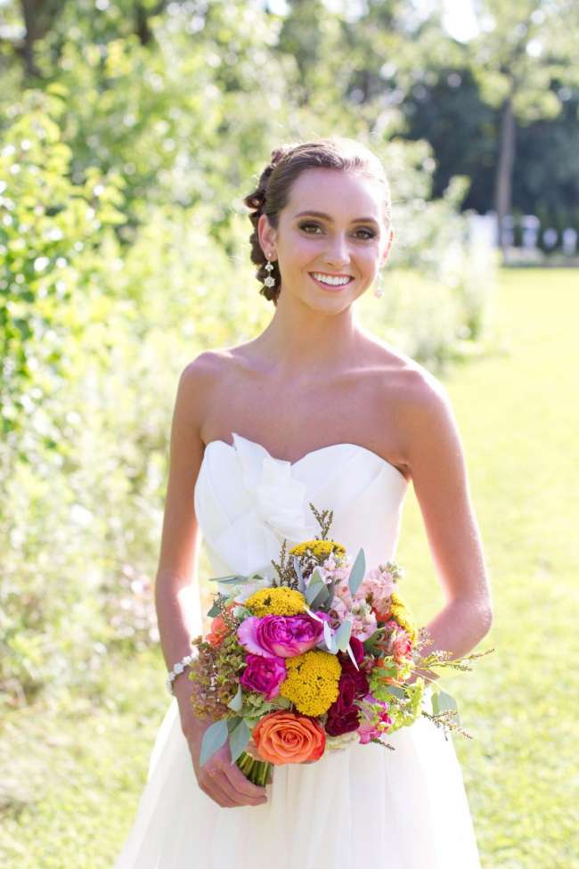 Simple, Fresh, Romantic Bride