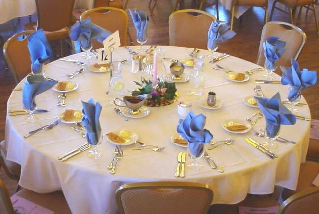 Palais Royale reception table with blue napkins