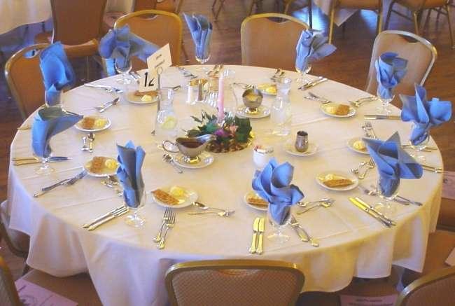 Palais Royale reception table with blue napkins