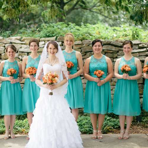 Bride in Essence of Australia, Bridesmaids in Turquoise B2 by Jasmine