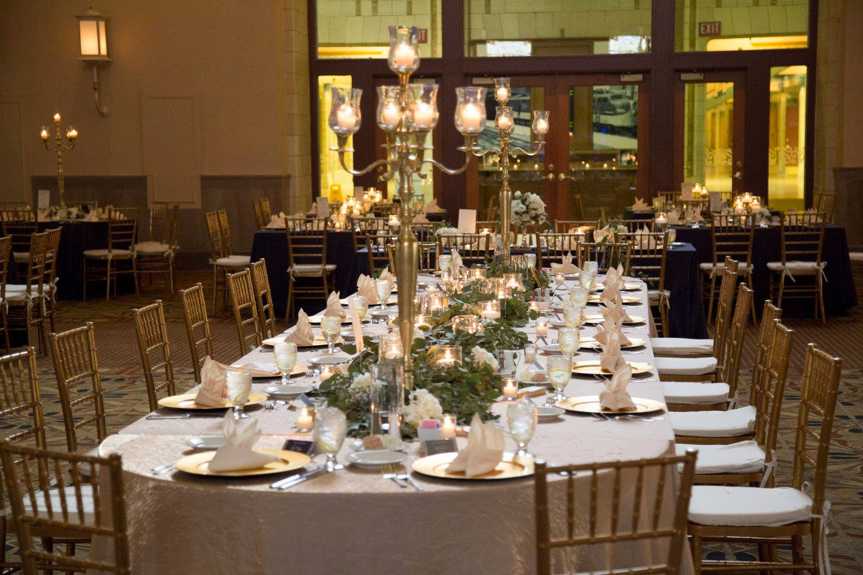 24 Stunning Wedding Tablescapes   WeddingDay Magazine