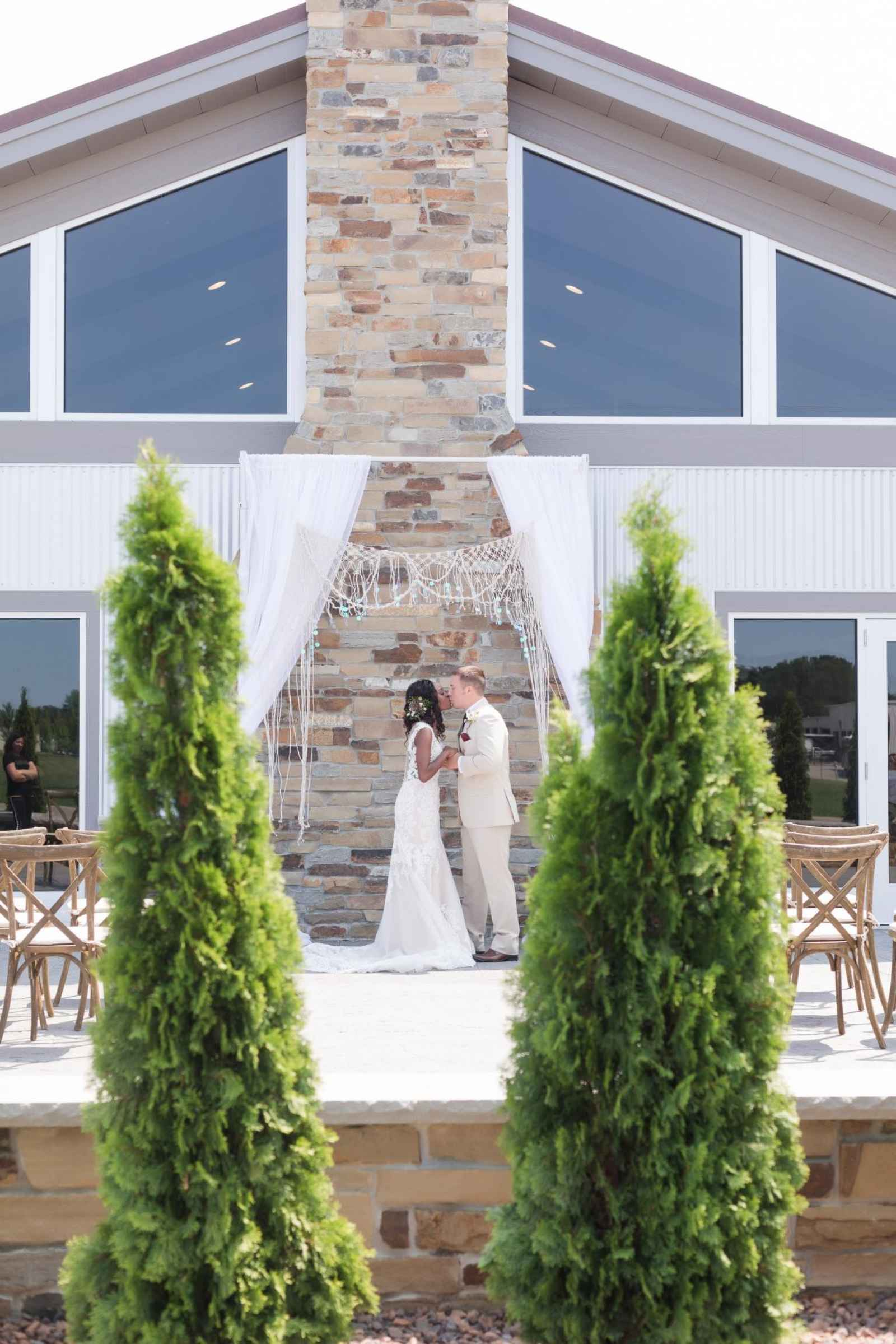 Rustic Imagination A Weddingday Exclusive Style Shoot At The Blue Teal In Wakarusa Indiana